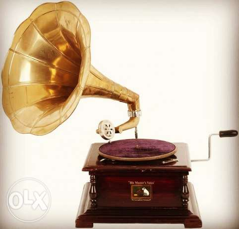 HMV Replica Vintage Manual Gramaphone