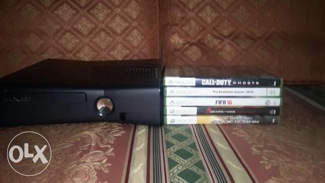 Xbox 360 console with 2joistik and 5games original الإسكندرية -  6