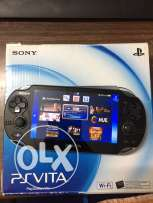 ps vita with 5 games and memory card 4