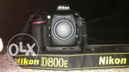 Camera nikon D800E for sale..with box