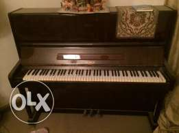 piano PETROF for sale