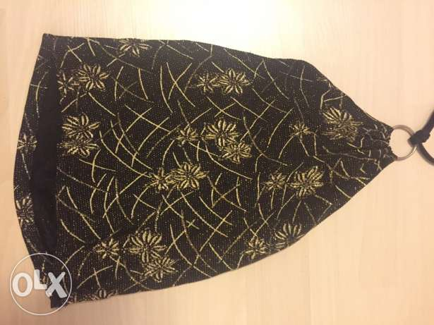 black and gold top small size