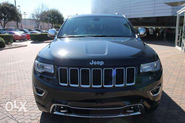 Jeep Grand Cherokee over land 2014
