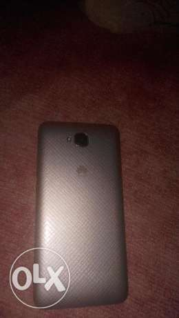 Huawei Y6 Pro with all box معاه كل حاجه ضمان 6 شهور