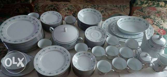 طقم صيني Noritake Japan Platinum Trim Dinnerware Set