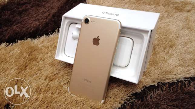 متبرشم + ضمان iPhone 7 Plus , 32GB