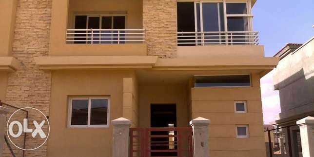 Twin house for sale in Jeera Zayed prime location