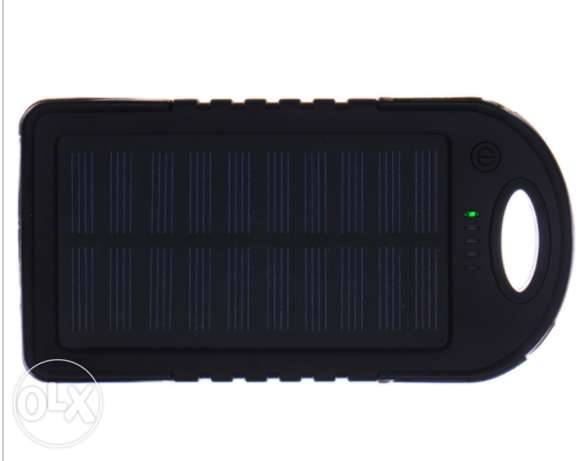 NEW Waterproof Power Bank 5000mAh with Dual USB & one led as a torch