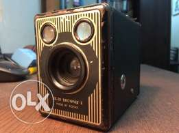 Six-20 Brownie E made by kodak
