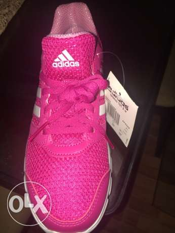 New original adidas running shoes for women never used before Siza 38. سموحة -  4