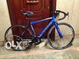 NAKXUS road bike very good condition as. new