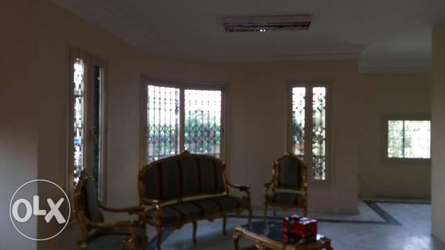 Villa for rent in Shuwifat Steps from the Down Town and the 90th Stree