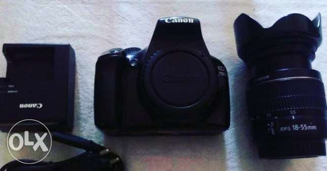 Canon d1100 كانون