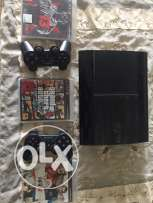 Playstation 3 500 GB Super Slim edition.
