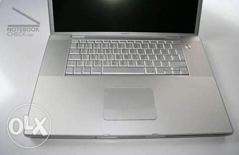Apple MacBook Pro Core 2 Duo 2.5 17″ (Early 2008)
