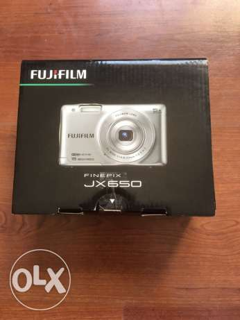 FujiFilm Finepix JX650 digital camera