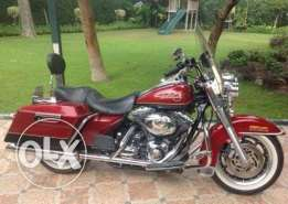 Harley Davidson Road King 2007, very clean and rare.