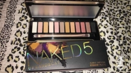 A brand new Naked pallet