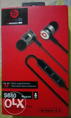 Beats s880 magnet In-ear Headphones / Wireless