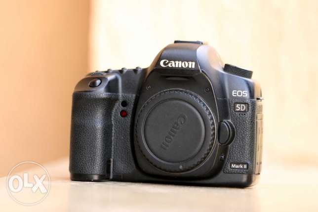 Canon EOS 5D Mark II Body Only - 22.3mp