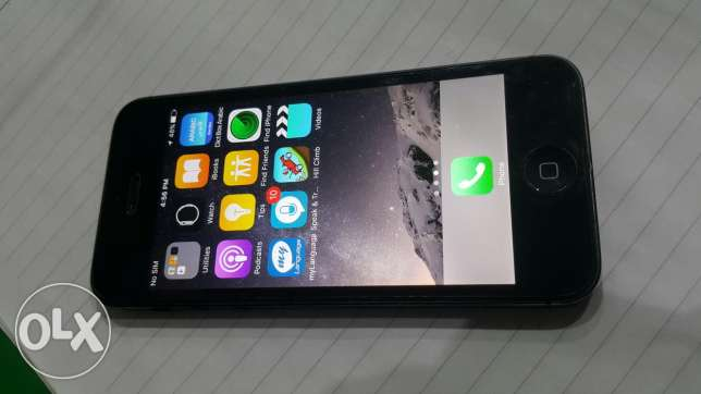 iphone 5 black with box 16G good condition