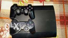 Ps3 super slim uesd 2 month 2 joystick