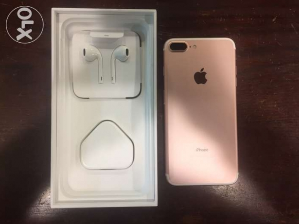 Apple iPhone 7 Plus Rose Gold 32g (used 3 days ) warranty