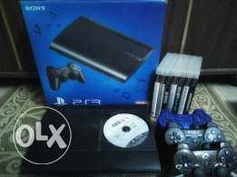 Ps3 500GB + 8 CD's + 3 Controller