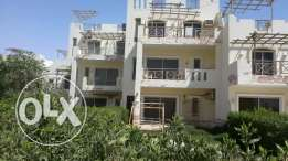 Villa for sale in the village of Blue Lagoon excellent location