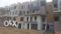 Duplex garden middle in east town for sale good location 254sqm