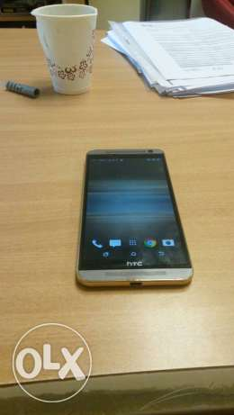 HTC one e9 plus gold