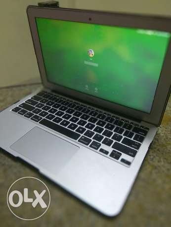 Macbook air 11 like new 2013