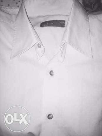 white shirt ice jeans size M -L made in italy قميص مستورد مقاس ميديوم
