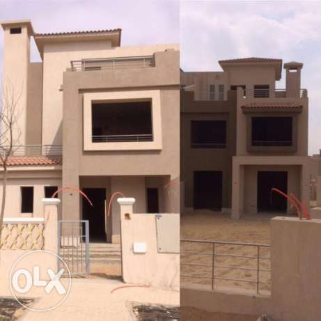 Twin house for sale in palm hils