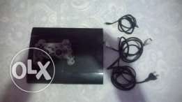 PS3 super slim with controller