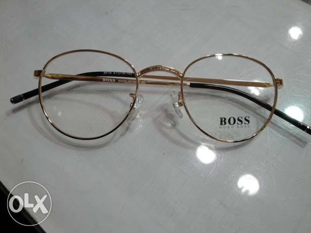 BOSS round gold & made in italy