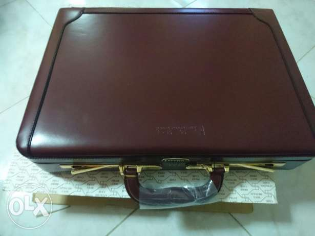 Presto briefcase Burgundy gold plated شيراتون -  4
