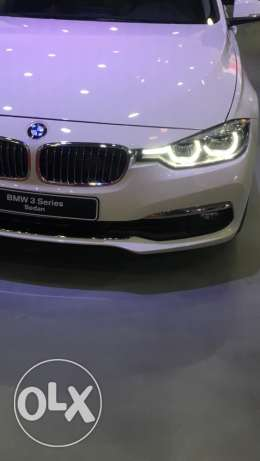 Bmw 318i luxury (750000)