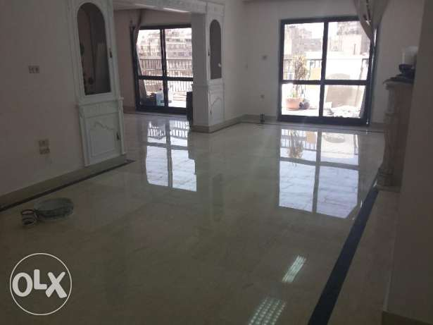 425 m2 high end office for rent in mohandessein giza حى الجيزة -  1