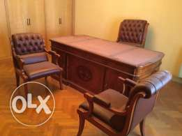 Spanish wood office (3 leather chairs and office)