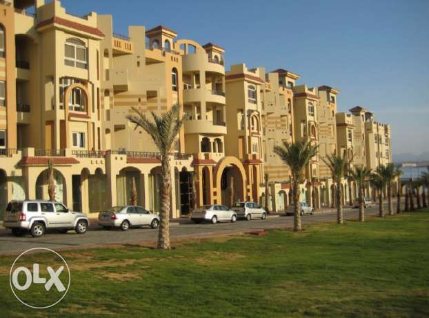 Sea View, Lux Furnished 2 BD apartment for sale in Sahl Hasheesh. الغردقة -  2