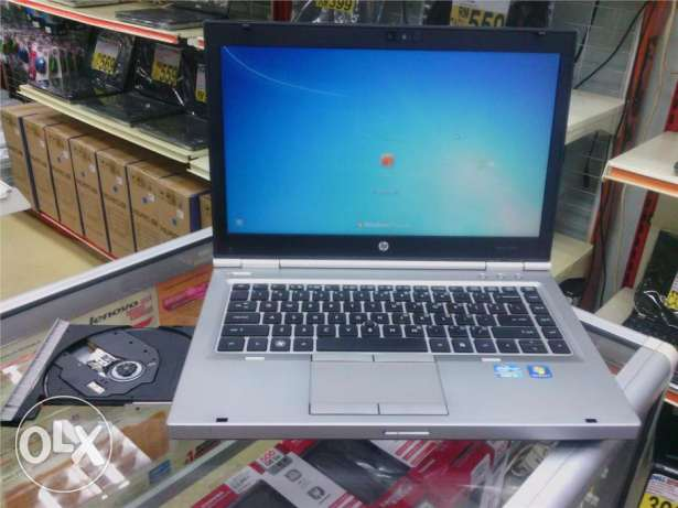 hp 8460p iIntel Core i5-2540M 2.6 GHz, 1gb amd graphic 4gb ram 320 hdd