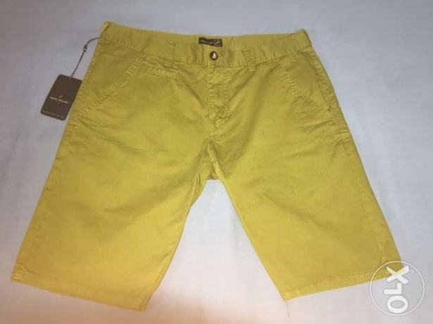 short Daniel hechter olive color