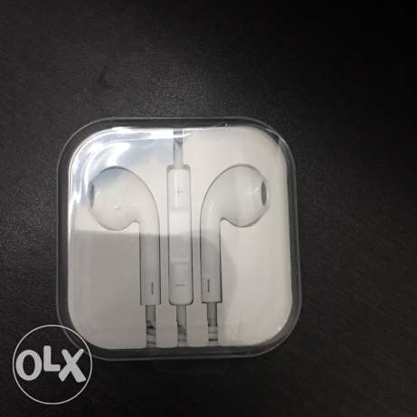 apple earpods original new mic and remote حلوان -  1