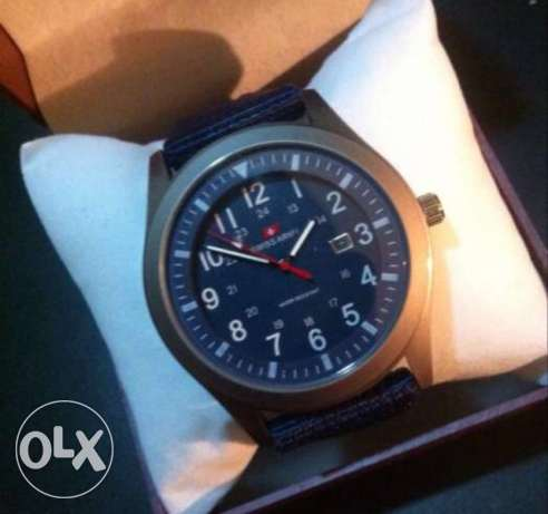Watch Swiss Army with box new ساعة يد سويز ارمى