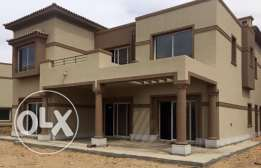 Luxury Villa 780 SQm for sale Compound Palm Hills Katameya