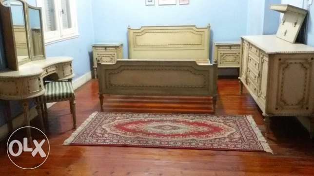 very high quality of wood excellent new condition 8 piece bedroom