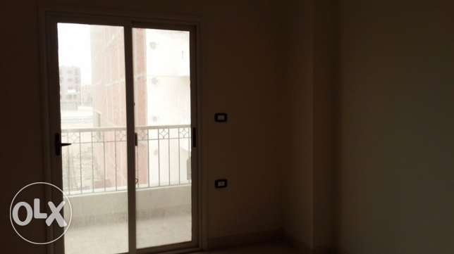 al ahia one bedroom for sale 7000$ Hot hot offer. Al ahia Cornish road.
