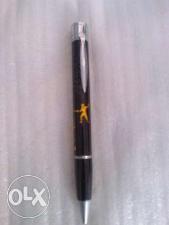 قلم وولاعة Pen . Lighter ...