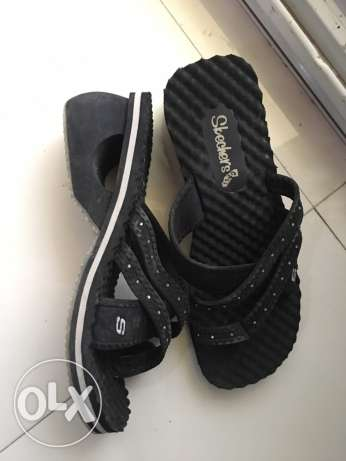 Skechers slipper size 38 used but in mint condition